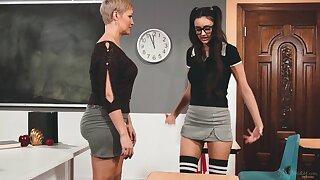 Eliza Ibarra gets her pussy beaten wide of her horny teacher Ryan Keely